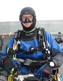 Keith Lyall in drysuit, UK, Aug 2008